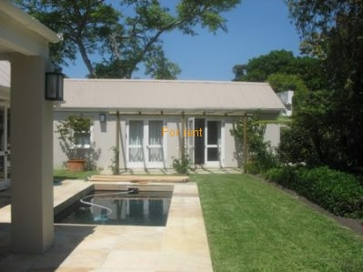 Lovely house(2 bedroom) and flat(1 bedroom) situated central Hermanus